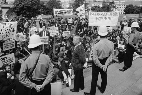 Consequences - Anti-Vietnam War ProtestsIn New Zealand